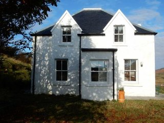 3 bedroom House with Internet Access in Milovaig - Milovaig vacation rentals