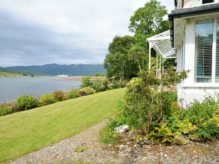 Beautiful 4 bedroom House in Colintraive - Colintraive vacation rentals