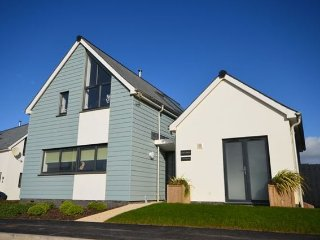 Lovely House with Internet Access and Hot Tub - Holy Island Of Lindisfarne vacation rentals