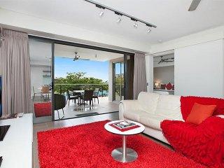 Darwin Waterfront Luxury Suites - Family 1 Bed & FREE CAR - Sleeps 4 - Darwin vacation rentals