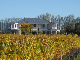 Perfect 5 bedroom Martinborough Manor house with Deck - Martinborough vacation rentals