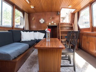 Sirene; dutch houseboat 10 min.center FREE bike - Amsterdam vacation rentals