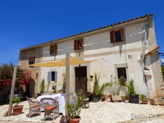 Cozy Mallorcan Country House with absolute privacy - Felanitx vacation rentals
