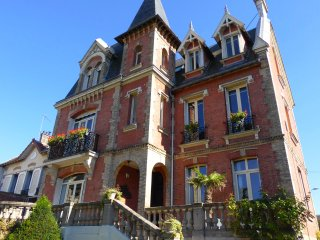 Nice Bed and Breakfast with Internet Access and Television - Poissy vacation rentals