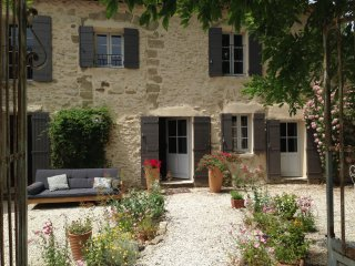 Mas in Provence 18th century house with 4x15 pool - Saumane-de-Vaucluse vacation rentals