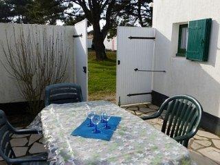 1 bedroom House with Shared Outdoor Pool in Bretignolles Sur Mer - Bretignolles Sur Mer vacation rentals