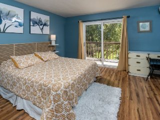 Newly Remodeled Pioneer Park Condo #153! Walk Everywhere! - Bend vacation rentals