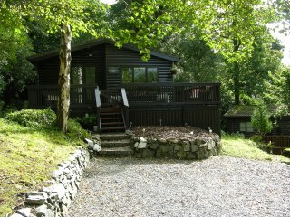 Nice Cabin with Deck and Internet Access - Troutbeck Bridge vacation rentals
