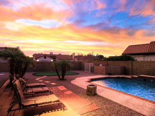 Spacious 5 bedroom House in Glendale - Glendale vacation rentals