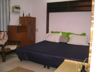 2 bedroom Apartment with Housekeeping Included in New Delhi - New Delhi vacation rentals