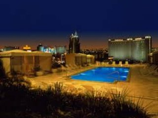 STRIP,POLO TOWERS -NO RESORT FEE OR TAX! 1/2 price - Las Vegas vacation rentals