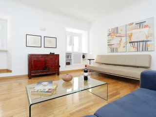 The Spanish Steps Apartment - Free Airport Pickup! - Rome vacation rentals