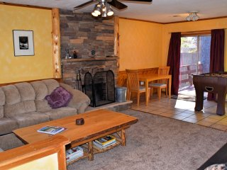 Cozy 2 bedroom Cabin in City of Big Bear Lake - City of Big Bear Lake vacation rentals