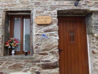Casas dos Carregais - Casa da Cerejeira - Proenca-a-Nova vacation rentals
