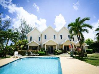 Modern home, quiet part of Seven Mile Beach - Seven Mile Beach vacation rentals