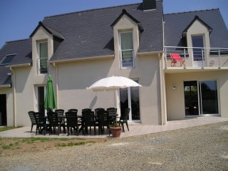 6 bedroom House with Parking in Ile Grande - Ile Grande vacation rentals