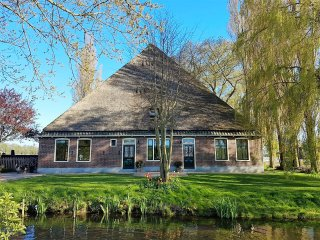 Villa Prinsenhonk at IJssellake for max 14 persons - Andijk vacation rentals