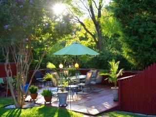 Beautiful 1 bedroom House in Dallas with Internet Access - Dallas vacation rentals