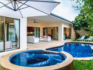 Superior 2bdr villa Tortuga - Pattaya vacation rentals