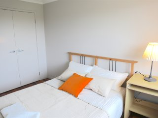 NO.7 Warm Double Room With Shared Bathroom - Sydney vacation rentals