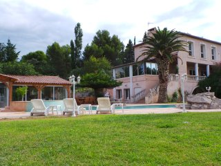 Nice Villa with Internet Access and A/C - La Fare-les-Oliviers vacation rentals