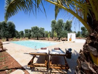 4 bedroom Trullo with Deck in San Michele Salentino - San Michele Salentino vacation rentals