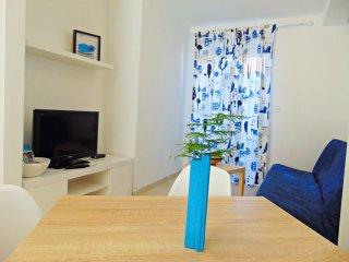 Romantic 1 bedroom Condo in Postira - Postira vacation rentals