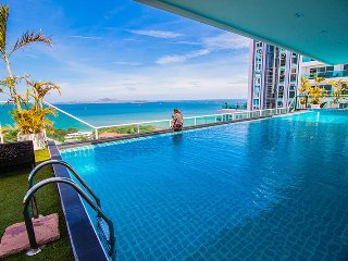 View Cosy Beach One Bedroom Partial Seaview - Pattaya vacation rentals
