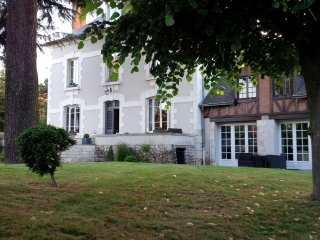Nice 7 bedroom House in Blois with A/C - Blois vacation rentals