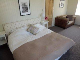 Welcoming B & B in Hunting Lodge, Loch Lomond - Alexandria vacation rentals