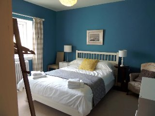 Welcoming B&B in Hunting Lodge Loch Lomond - Alexandria vacation rentals