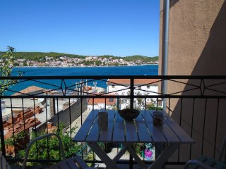 4 Bedroom Apartment Tisno TP31A1 - Tisno vacation rentals