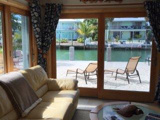 """M127   """"Lazy Tortuga"""" - Key Colony Beach vacation rentals"""