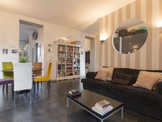 Ruggero Di Lauria 15 - Piazza Firenze - Milan vacation rentals