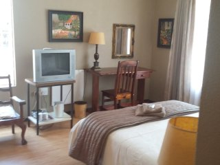 Nice Bed and Breakfast with Internet Access and Satellite Or Cable TV - Roodepoort vacation rentals