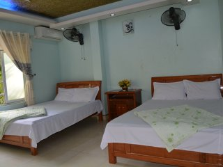 6 bedroom Bed and Breakfast with Internet Access in Cat Ba - Cat Ba vacation rentals