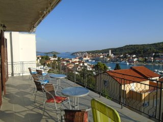 Amazing Seaview Apartment Tisno For 6 TP53A1 - Tisno vacation rentals
