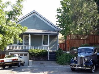 SF Bay View HIlltop Home near the Wine Country - Port Costa vacation rentals