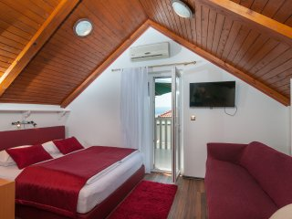 Villa Larsen - Apt. 4 - Split vacation rentals