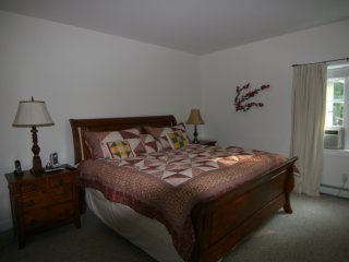 Stunning 3 BR Home Minutes from Smuggler's Notch - Cambridge vacation rentals