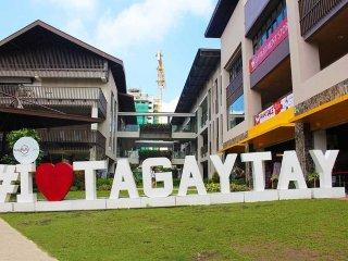 Convenient Tagaytay vacation Condo with A/C - Tagaytay vacation rentals