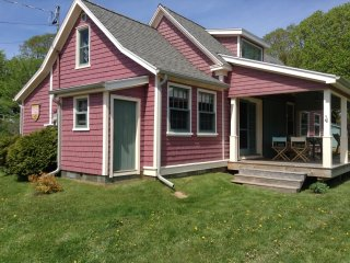 Beach Rose Cottage Victoria, PEI Canada - Victoria vacation rentals