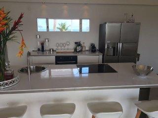 2 Bedrooms 2 Bathrooms Cliffside Villa - Bay Views - Simpson Bay vacation rentals