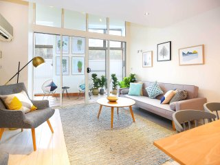 Explore your creative side in Sydney artistic hub - Wiley Park vacation rentals
