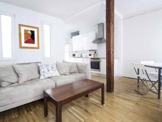 Studio Apartment in Gran Vía Madrid city center - Madrid vacation rentals