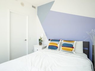 Stylish Uptown Private Room by Subway! - Toronto vacation rentals