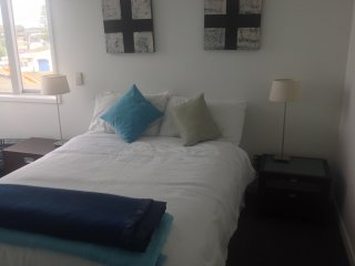 Bright 3 bedroom Condo in Napier with Internet Access - Napier vacation rentals