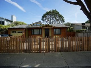 Short Term Furnished Modern Stylish Beach Retreat - Moss Beach vacation rentals