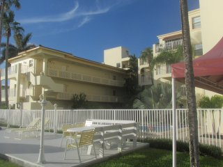 Quaint Remote Studio on Intercostal #203 - Fort Lauderdale vacation rentals