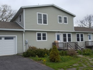 Spacious Home Minutes to Ithaca/Finger Lakes - Lansing vacation rentals